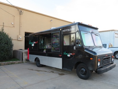 The Mangiamo food truck outside the brewery.